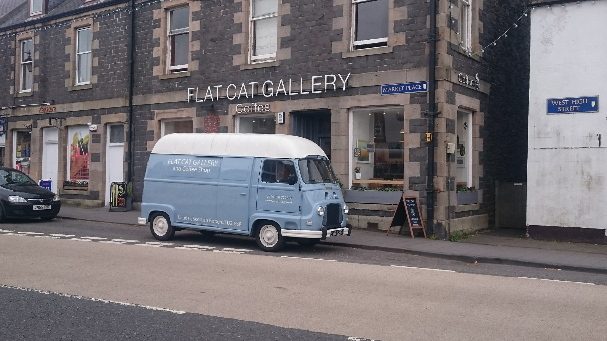 Flat Cat Gallery in Lauder